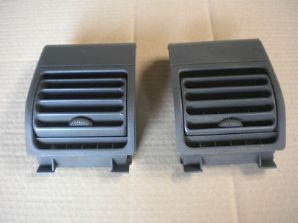 peugeot 205 1.6 / 1.9 gti xs pair of outer dash vents in grey